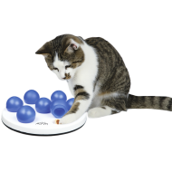 Trixie Cat Activity Solitaire Strategy Game